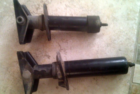 BMW E30 bumper shocks